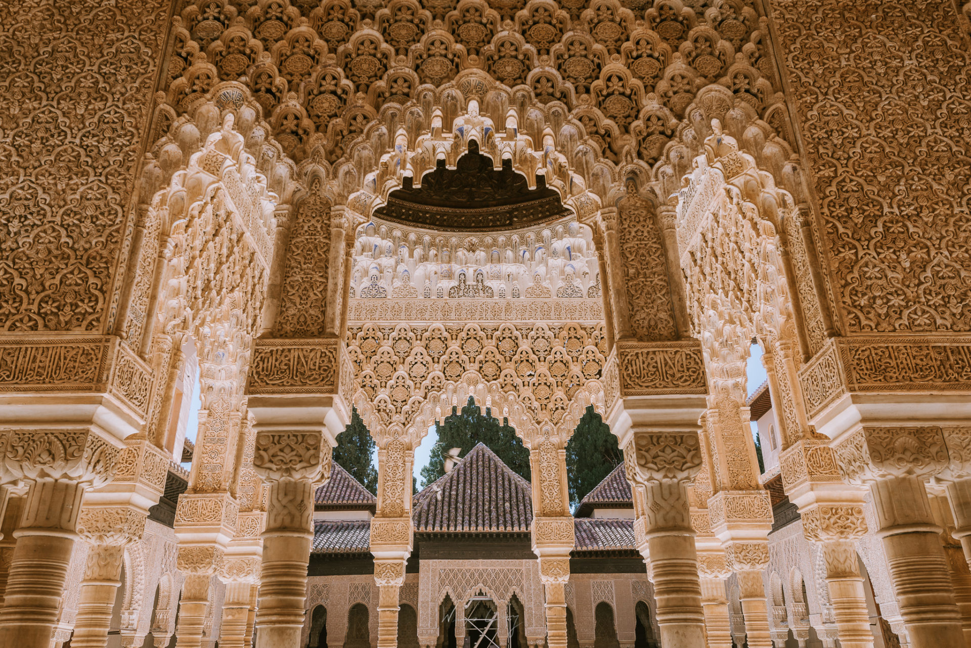 西班牙 格拉納達 Granada 景點攻略 歷史介紹 阿爾罕布拉宮購票方法與旅遊建議 by 旅行攝影師張威廉 Wilhelm Chang